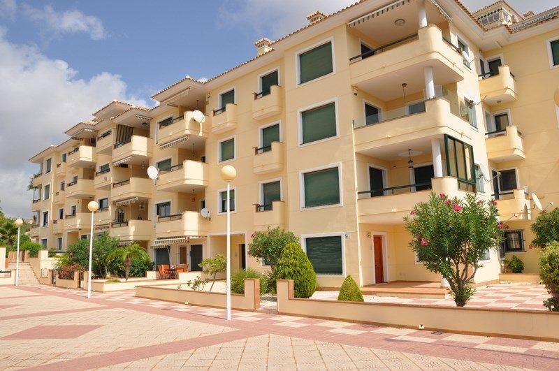 Apartamento en venta  en Orihuela-Costa, Alicante . Ref: 5096. Mayrasa Properties Costa Blanca