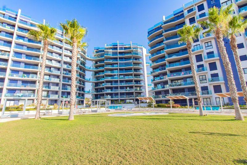 Apartamento en venta  en Torrevieja, Alicante . Ref: 5764. Mayrasa Properties Costa Blanca