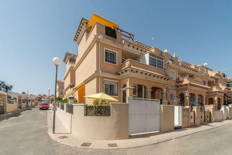 Adosado en venta  en Orihuela-Costa, Alicante . Ref: 5992. Mayrasa Properties Costa Blanca