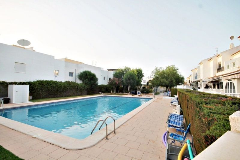 Bungalow Planta Alta en venta  en Torrevieja, Alicante . Ref: 6006. Mayrasa Properties Costa Blanca
