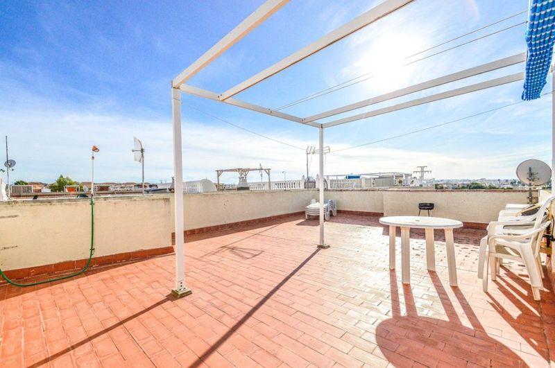 Bungalow Planta Alta en venta  en Torrevieja, Alicante . Ref: 6016. Mayrasa Properties Costa Blanca