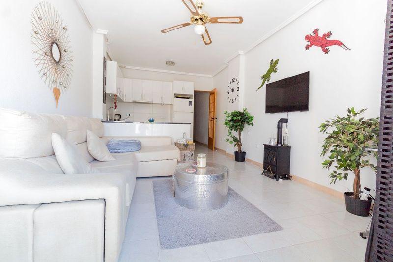 Ático en venta  en Torrevieja, Alicante . Ref: 6031. Mayrasa Properties Costa Blanca
