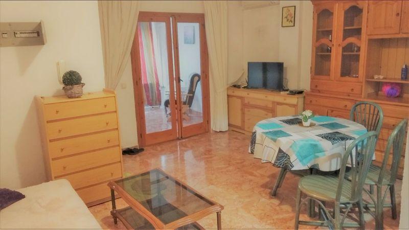 Apartamento en venta  en Torrevieja, Alicante . Ref: 6032. Mayrasa Properties Costa Blanca
