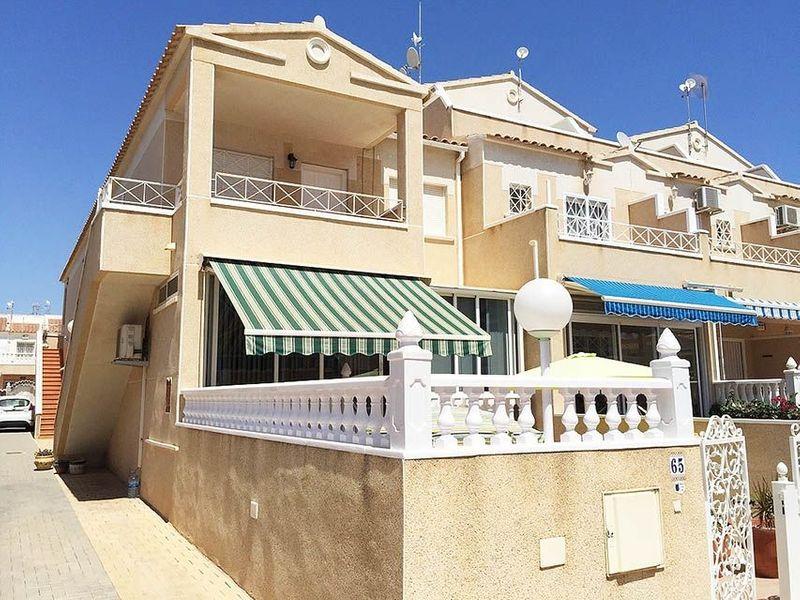 Bungalow Planta Alta en venta  en Orihuela-Costa, Alicante . Ref: 6039. Mayrasa Properties Costa Blanca