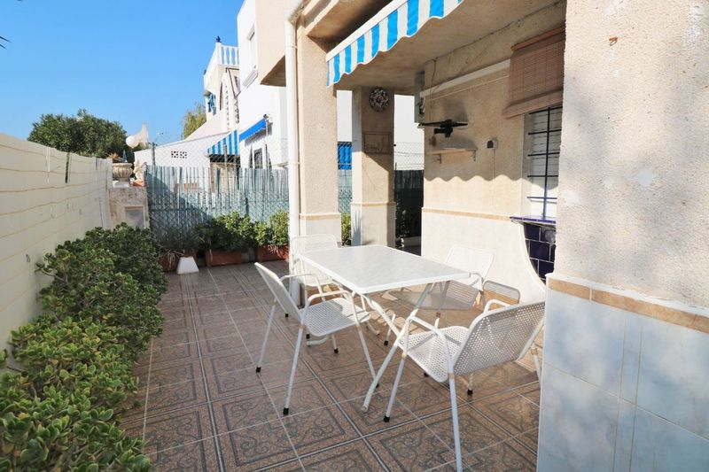 Bungalow Planta Baja en venta  en Torrevieja, Alicante . Ref: 6043. Mayrasa Properties Costa Blanca