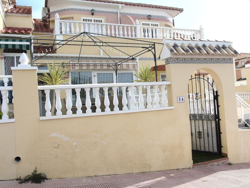 Villa till salu  in Orihuela-Costa, Alicante . Ref: 6056. Mayrasa Properties Costa Blanca