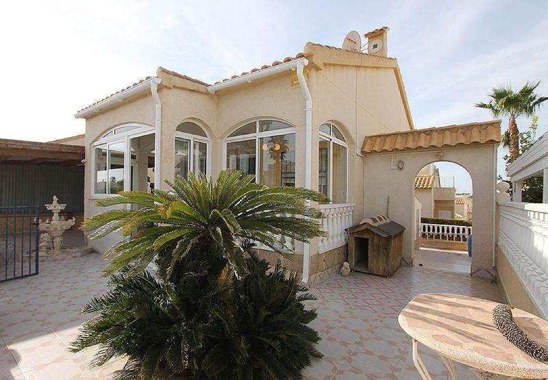 Fristående villa till salu  in Orihuela-Costa, Alicante . Ref: 6058. Mayrasa Properties Costa Blanca