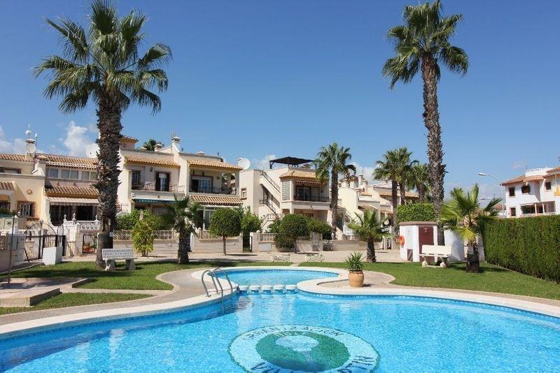 Bungalow övervåning till salu  in Orihuela-Costa, Alicante . Ref: 6066. Mayrasa Properties Costa Blanca