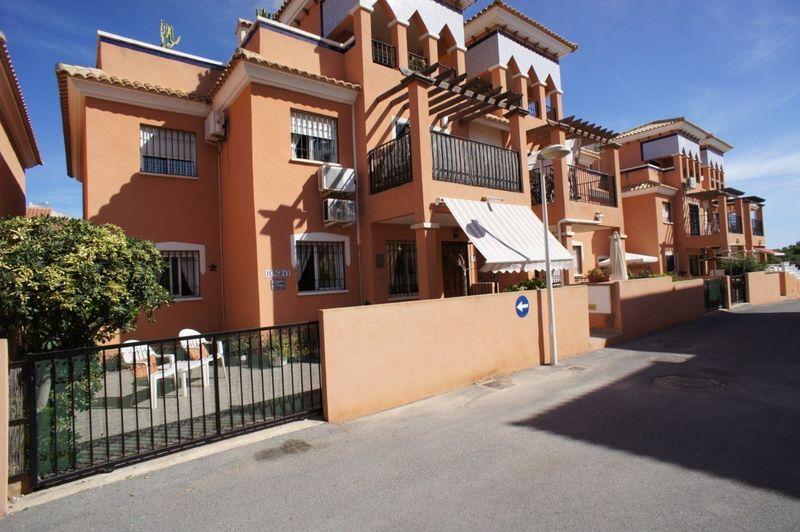 Bungalow Planta Baja en venta  en Orihuela-Costa, Alicante . Ref: 6073. Mayrasa Properties Costa Blanca