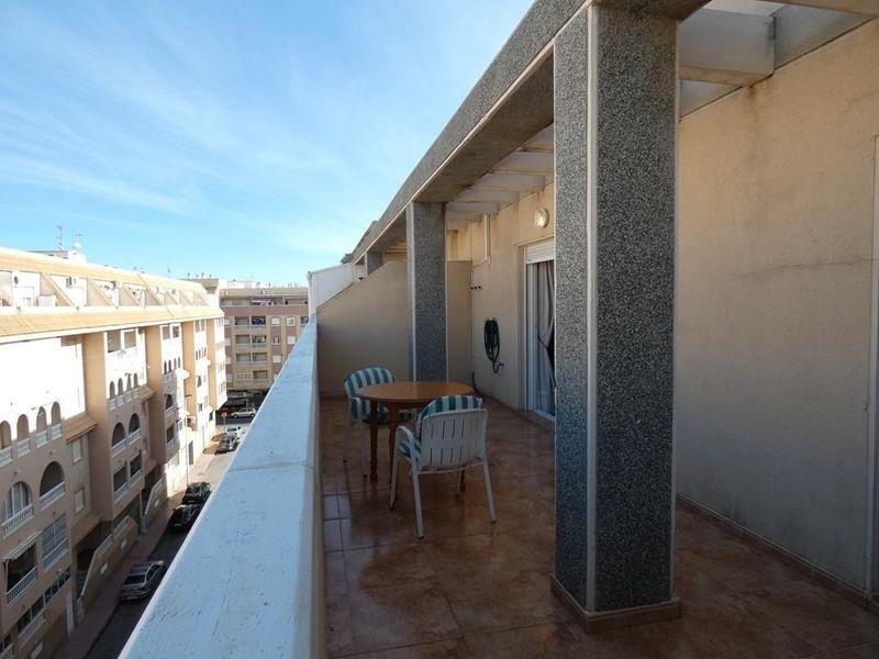 Ático en venta  en Torrevieja, Alicante . Ref: 6085. Mayrasa Properties Costa Blanca