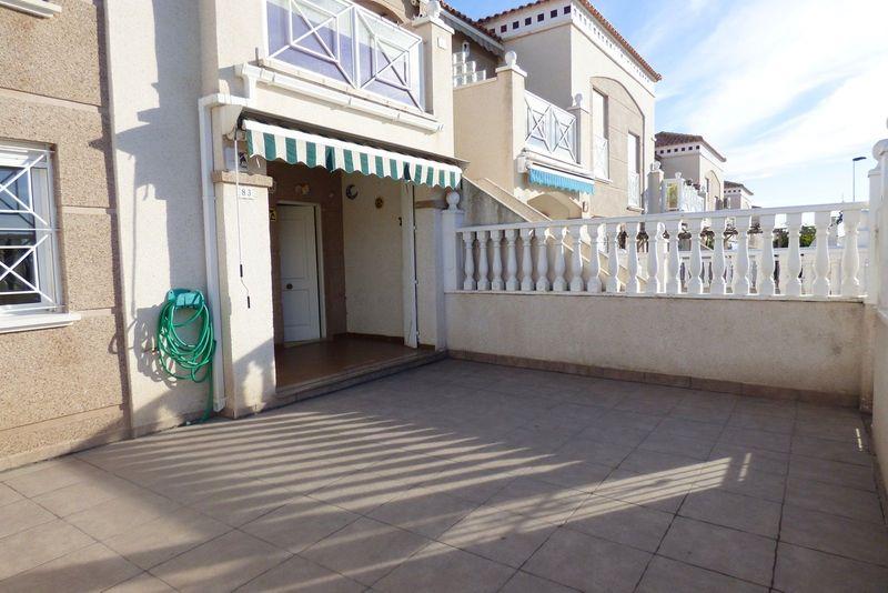 Bungalow Planta Baja en venta  en Torrevieja, Alicante . Ref: 6097. Mayrasa Properties Costa Blanca