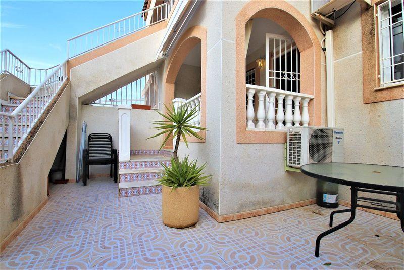 Bungalow Planta Baja en venta  en Torrevieja, Alicante . Ref: 6102. Mayrasa Properties Costa Blanca