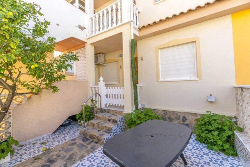 Bungalow Planta Baja en venta  en Orihuela-Costa, Alicante . Ref: 6106. Mayrasa Properties Costa Blanca