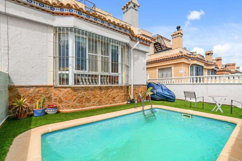 Chalet Pareado en venta  en Orihuela-Costa, Alicante . Ref: 6114. Mayrasa Properties Costa Blanca