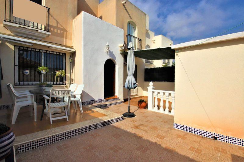 Bungalow Planta Baja en venta  en Torrevieja, Alicante . Ref: 6136. Mayrasa Properties Costa Blanca