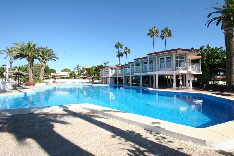Apartamento en venta  en Torrevieja, Alicante . Ref: 6157. Mayrasa Properties Costa Blanca