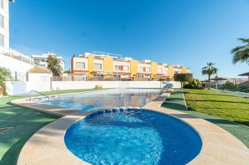 Adosado en venta  en Orihuela-Costa, Alicante . Ref: 6205. Mayrasa Properties Costa Blanca