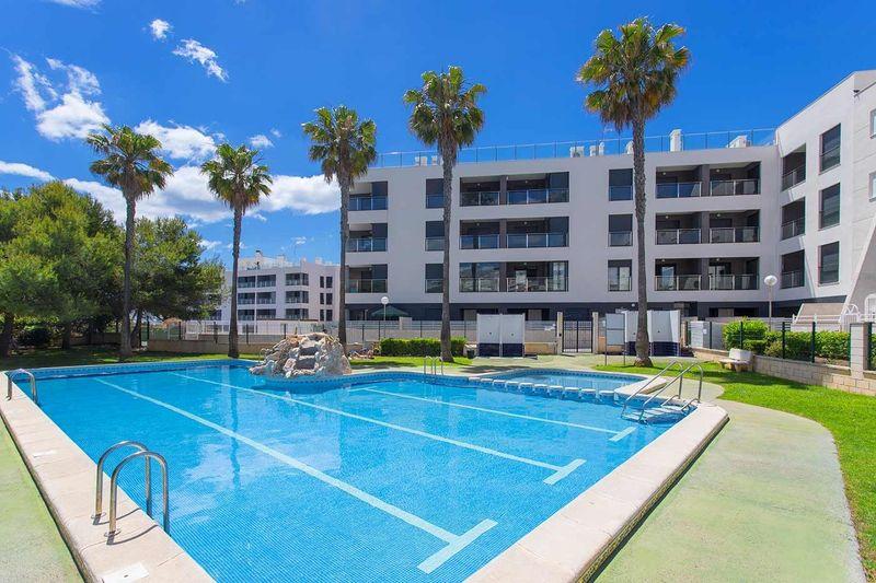 Apartamento en venta  en Torrevieja, Alicante . Ref: 6215. Mayrasa Properties Costa Blanca