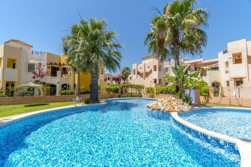 Bungalow Planta Baja en venta  en Orihuela-Costa, Alicante . Ref: 6225. Mayrasa Properties Costa Blanca