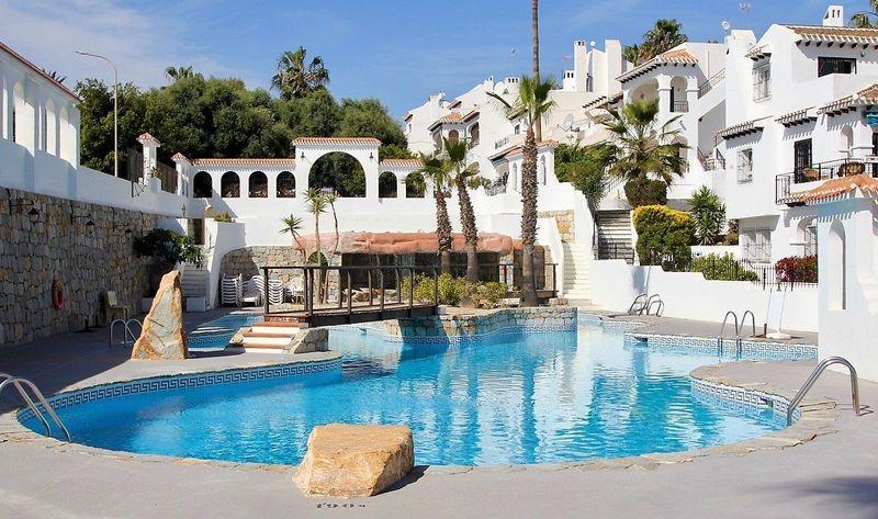 Bungalow Planta Baja en venta  en Orihuela-Costa, Alicante . Ref: 6240. Mayrasa Properties Costa Blanca