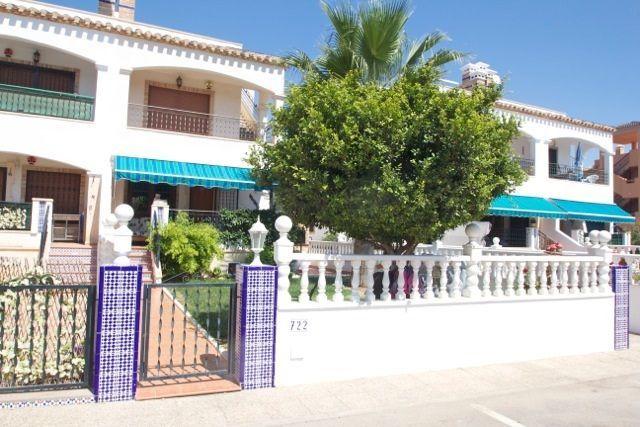 Bungalow Planta Baja en venta  en Orihuela-Costa, Alicante . Ref: 6241. Mayrasa Properties Costa Blanca