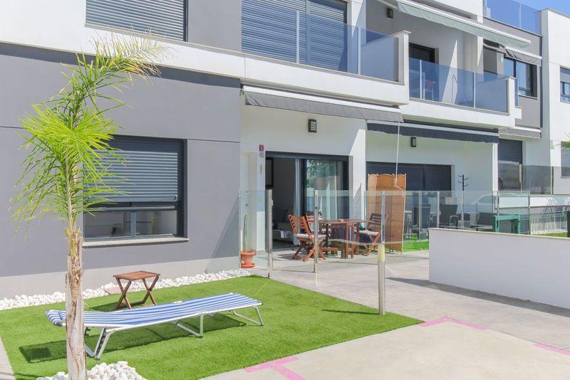 Bungalow Planta Baja en venta  en Pilar De La Horadada, Alicante . Ref: 6253. Mayrasa Properties Costa Blanca