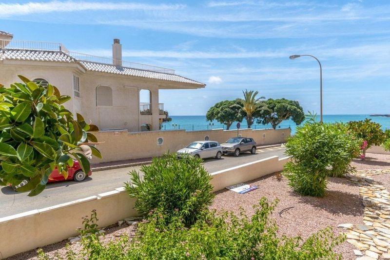 Apartamento en venta  en Torrevieja, Alicante . Ref: 6291. Mayrasa Properties Costa Blanca
