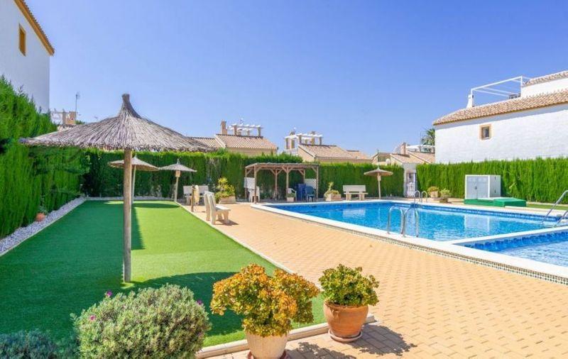 Bungalow Planta Alta en venta  en Orihuela-Costa, Alicante . Ref: 6305. Mayrasa Properties Costa Blanca