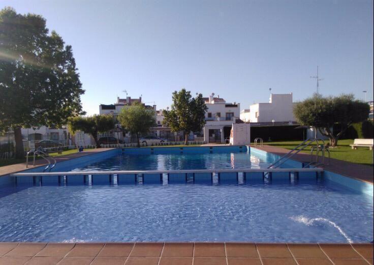 Chalet Pareado en venta  en Torrevieja, Alicante . Ref: 6308. Mayrasa Properties Costa Blanca