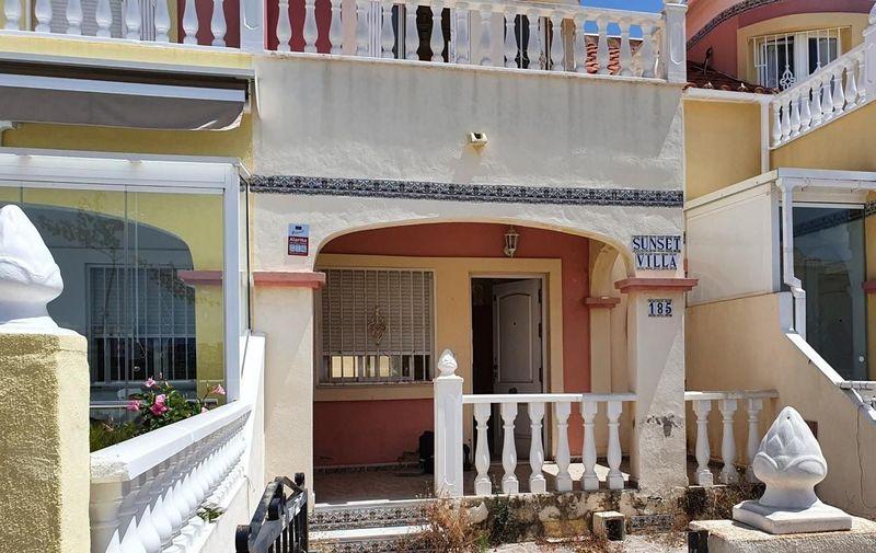 Adosado en venta  en Orihuela-Costa, Alicante . Ref: 6326. Mayrasa Properties Costa Blanca