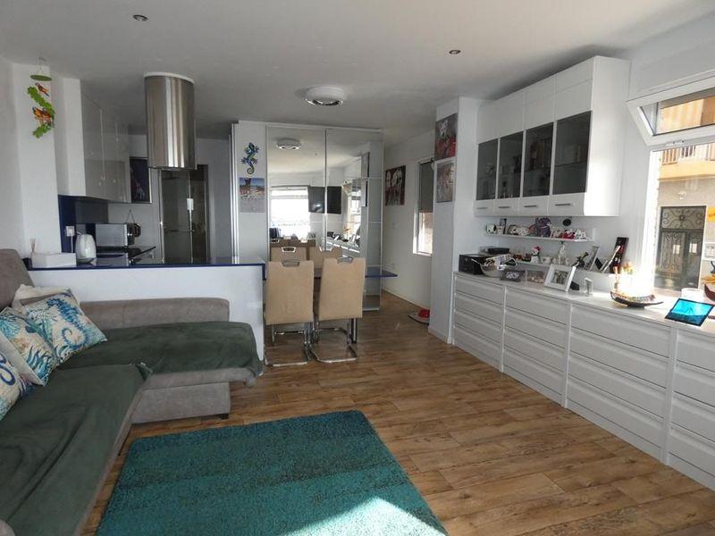 Lägenhet till salu  in Torrevieja, Alicante . Ref: 6341. Mayrasa Properties Costa Blanca