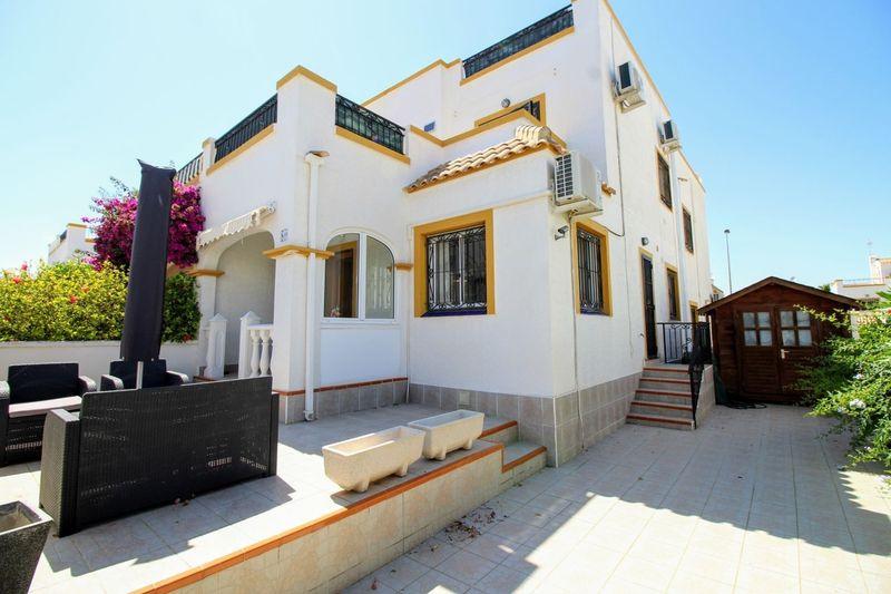 Chalet Pareado en venta  en Orihuela-Costa, Alicante . Ref: 6342. Mayrasa Properties Costa Blanca