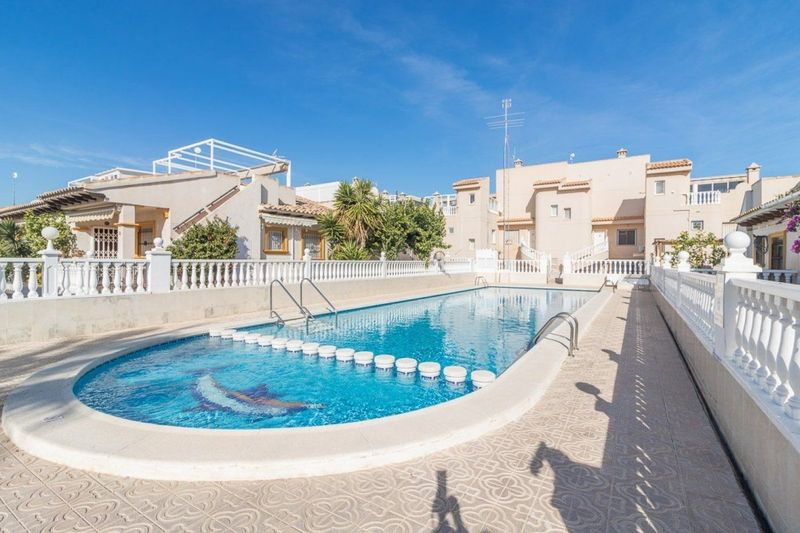 Chalet Pareado en venta  en Orihuela-Costa, Alicante . Ref: 6345. Mayrasa Properties Costa Blanca