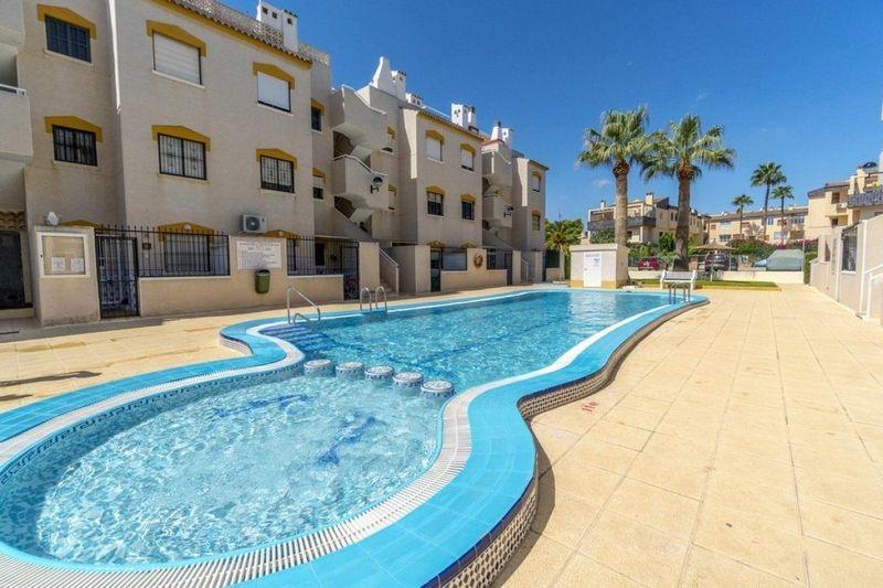 Apartamento en venta  en Torrevieja, Alicante . Ref: 6349. Mayrasa Properties Costa Blanca