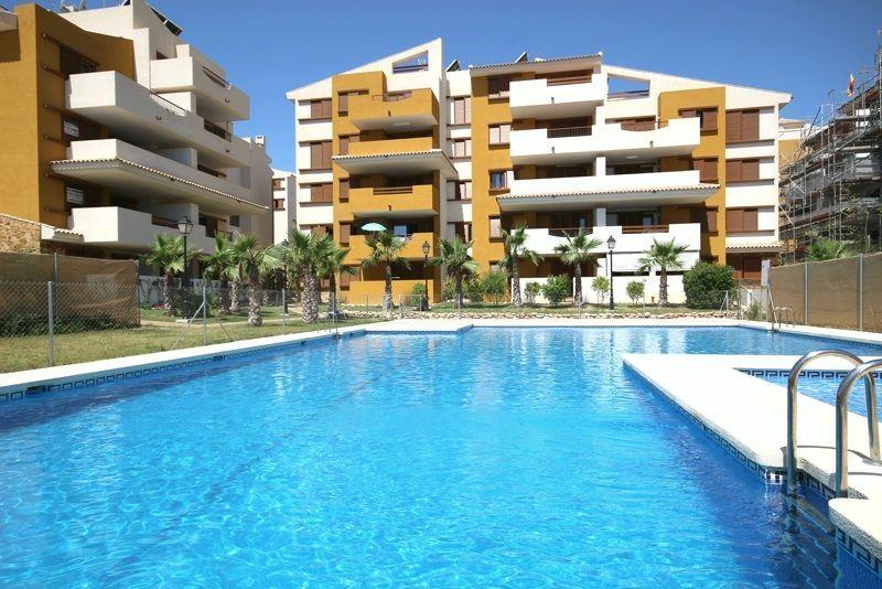 Ático en venta  en Torrevieja, Alicante . Ref: 6356. Mayrasa Properties Costa Blanca