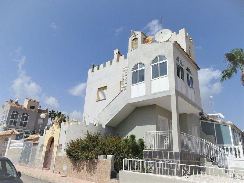 Bungalow Planta Alta en venta  en Orihuela-Costa, Alicante . Ref: 6366. Mayrasa Properties Costa Blanca
