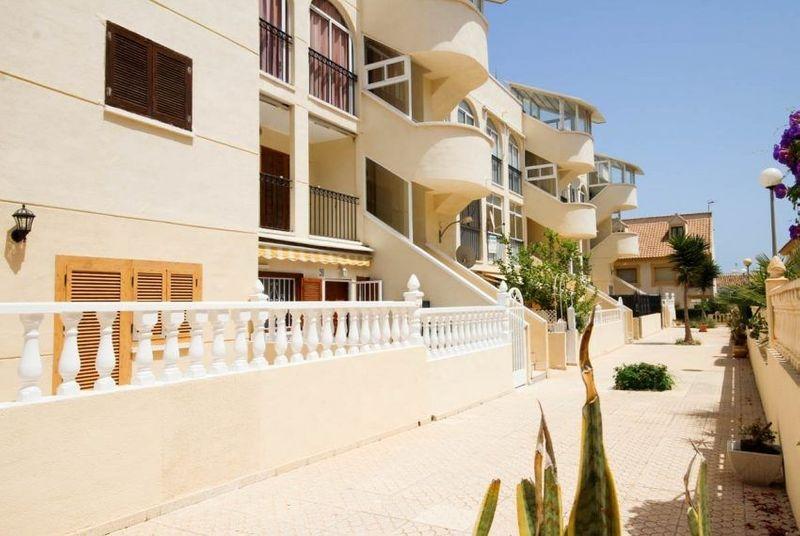 Apartamento en venta  en Orihuela-Costa, Alicante . Ref: 6376. Mayrasa Properties Costa Blanca