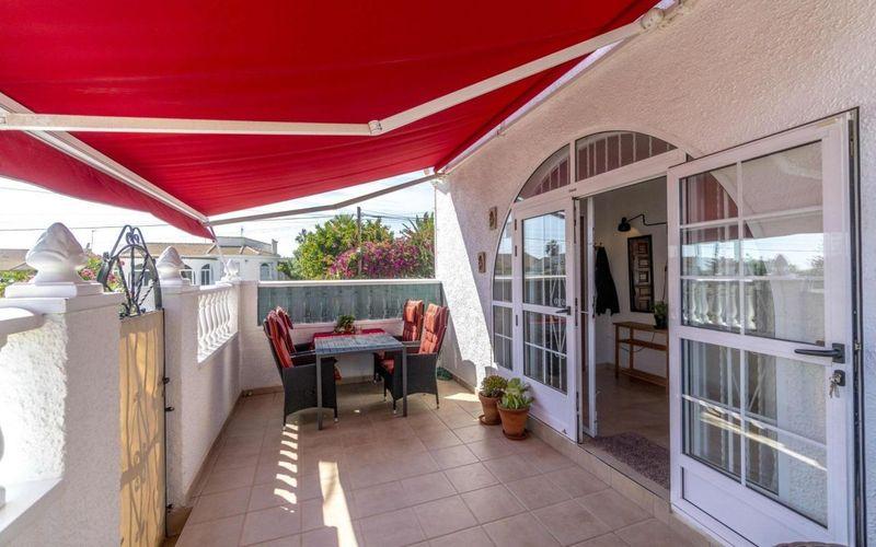 Adosado en venta  en Torrevieja, Alicante . Ref: 6379. Mayrasa Properties Costa Blanca