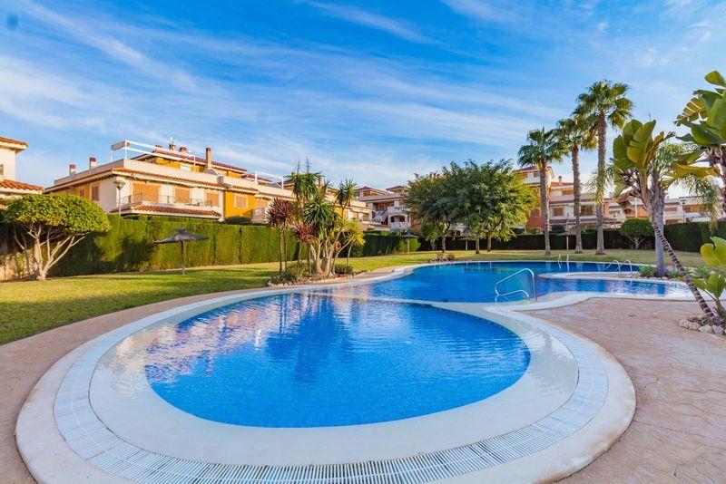 Bungalow Planta Baja en venta  en Orihuela-Costa, Alicante . Ref: 6381. Mayrasa Properties Costa Blanca