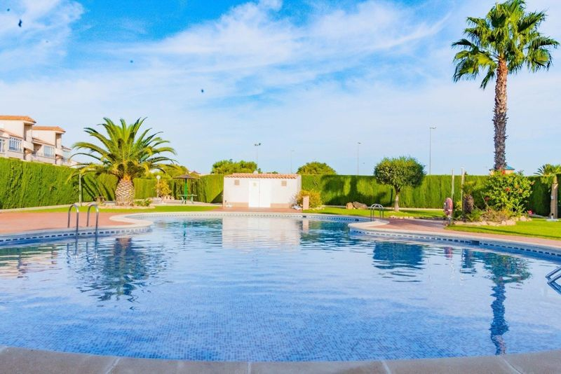 Apartamento en venta  en Orihuela-Costa, Alicante . Ref: 6384. Mayrasa Properties Costa Blanca