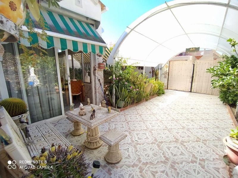 Adosado en venta  en Torrevieja, Alicante . Ref: 6397. Mayrasa Properties Costa Blanca