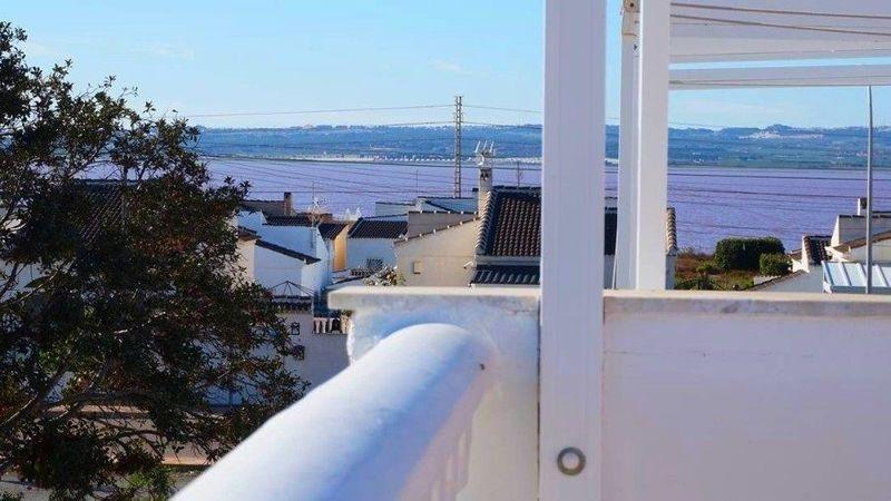 Adosado en venta  en Torrevieja, Alicante . Ref: 6413. Mayrasa Properties Costa Blanca