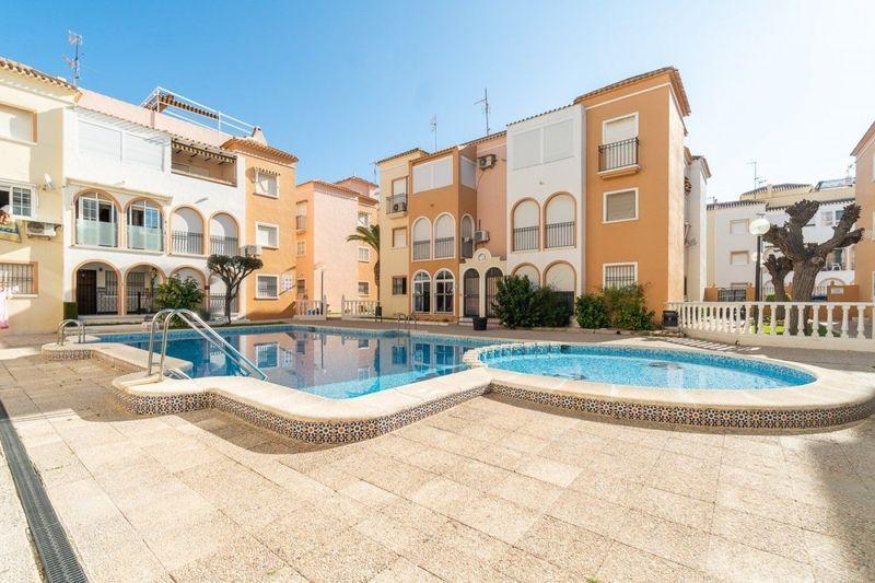 Apartamento en venta  en Torrevieja, Alicante . Ref: 6415. Mayrasa Properties Costa Blanca
