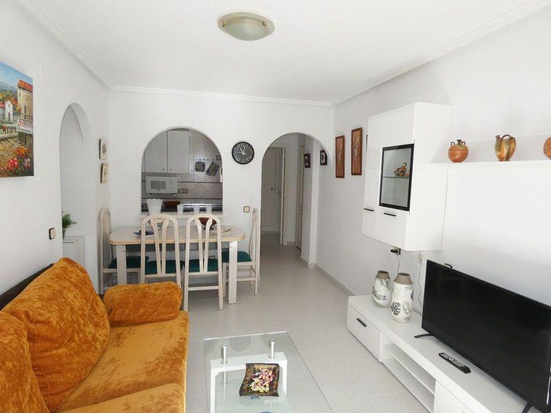Apartamento en venta  en Torrevieja, Alicante . Ref: 6416. Mayrasa Properties Costa Blanca