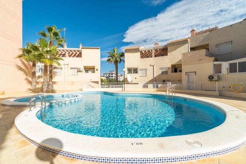 Bungalow Planta Baja en venta  en Orihuela-Costa, Alicante . Ref: 6439. Mayrasa Properties Costa Blanca