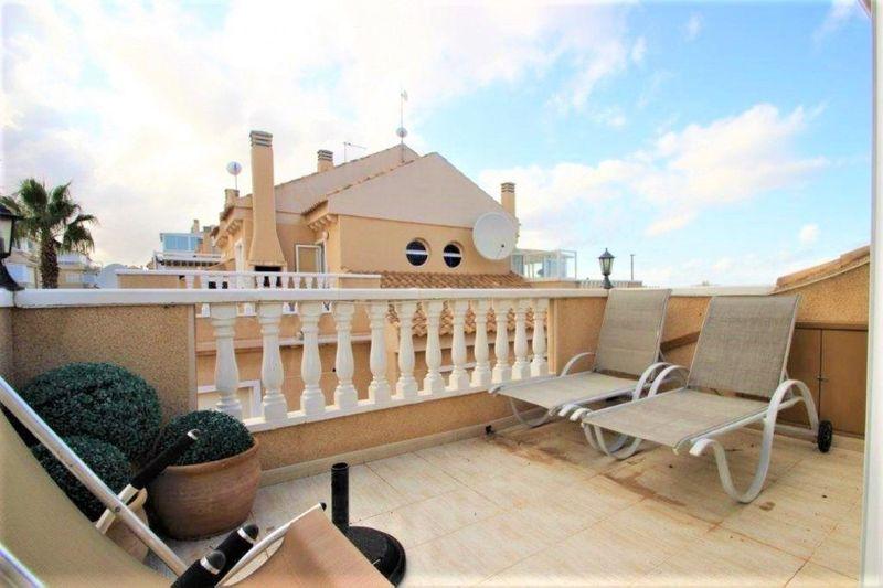 Bungalow Planta Alta en venta  en Torrevieja, Alicante . Ref: 6798. Mayrasa Properties Costa Blanca