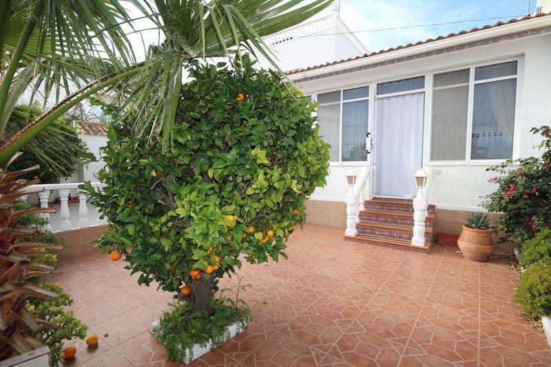 Adosado en venta  en Orihuela-Costa, Alicante . Ref: 6814. Mayrasa Properties Costa Blanca