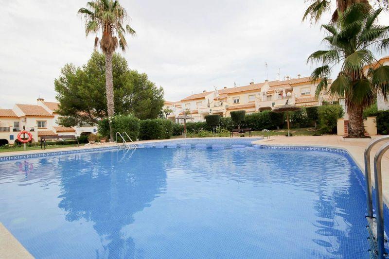Adosado en venta  en Orihuela-Costa, Alicante . Ref: 6815. Mayrasa Properties Costa Blanca
