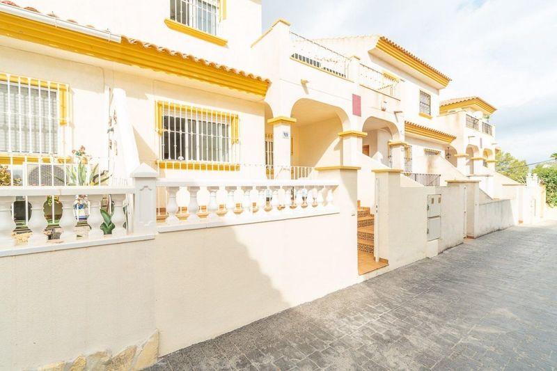 Adosado en venta  en Orihuela-Costa, Alicante . Ref: 6818. Mayrasa Properties Costa Blanca