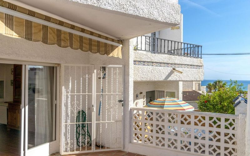 Apartamento en venta  en Torrevieja, Alicante . Ref: 6830. Mayrasa Properties Costa Blanca
